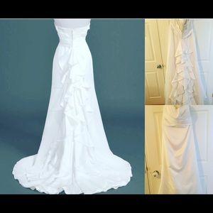NWT David's Bridal Wedding Dress